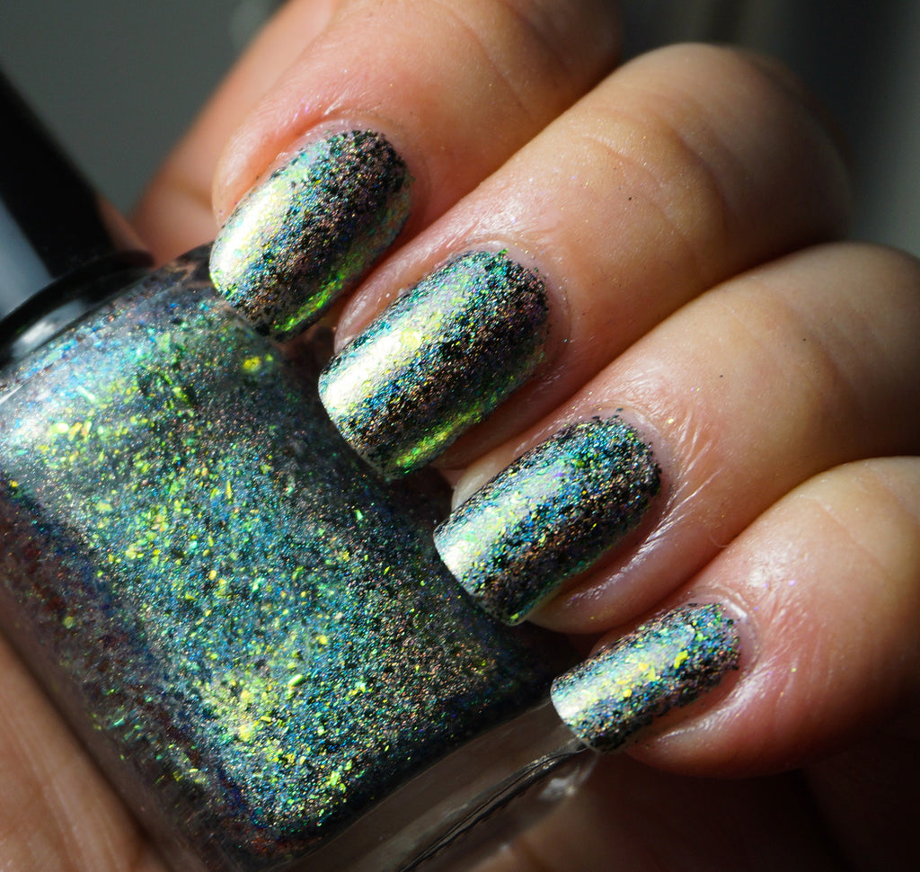 A Greener World (HOLO) - gold-green/green/blue mega chrome flakie