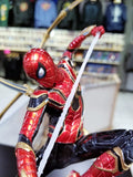 Iron Spider Spider-Man vs Outrider Endgame 1/10th Art Scale Statue by Iron Studios