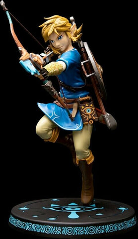 Link Statue (Breath Of The Wild) by Dark Horse