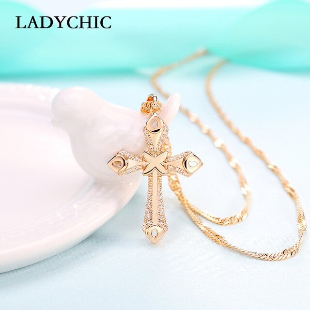 Elegance Gold Color Cross Pendant Necklaces for Women Men Trendy Classic Christian Jesus Crystal Necklace Jewelry Gift Wholesale