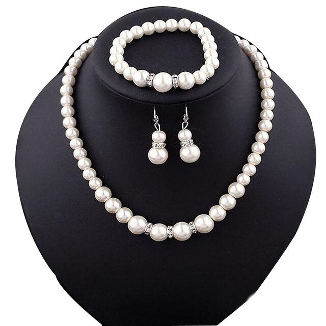 Luxury Personality Vintage Natural Freshwater Pearl Women Necklace Bracelet Earrings Elegant Ladies Bridal Party Jewelry Set