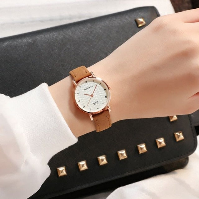 Exquisite simple style women watches Leather Strap