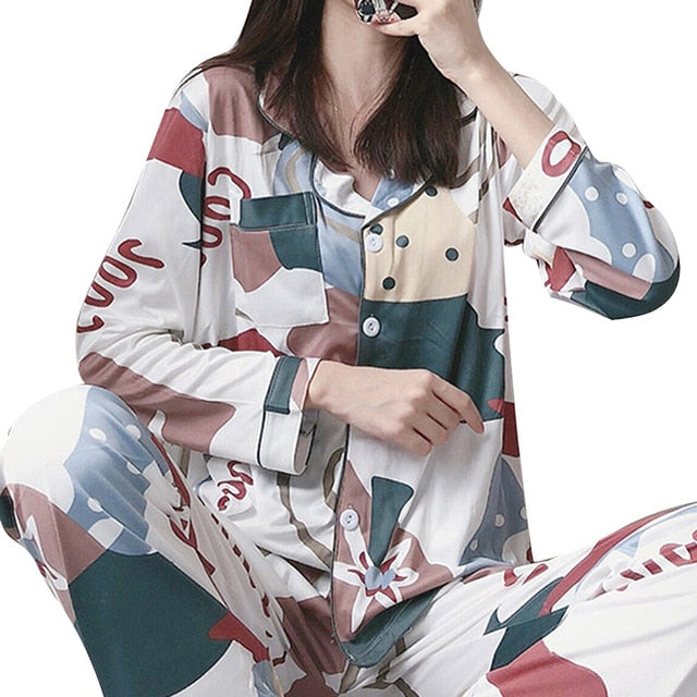 New Long Sleeved Women Pajamas Set Fashion Lovely Print Button Homewear Casual Clothes Female Long Pant Pyjamas Sets Nightwear