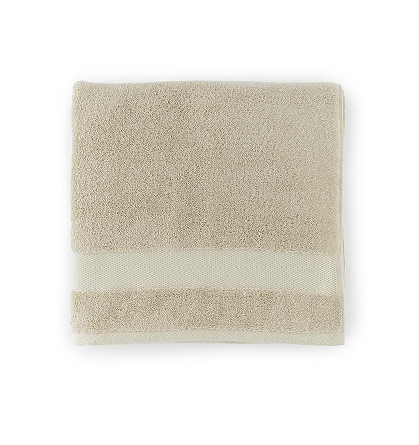 Bello Bath Towel in Bisque