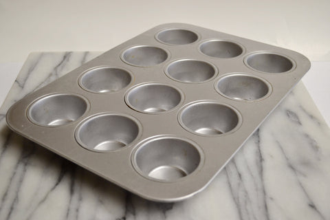 Uncoated Muffin/Cupcake Pan, 12 Cup by Chicago Metallic