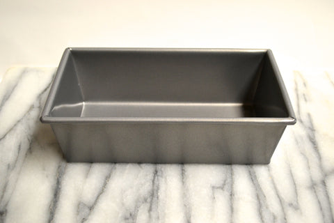 Loaf Pans - Non-Stick and Traditional Uncoated by Chicago Metallic