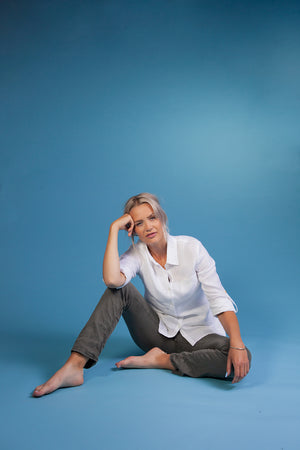 The Nordic Storm - Classic linen shirt - Women