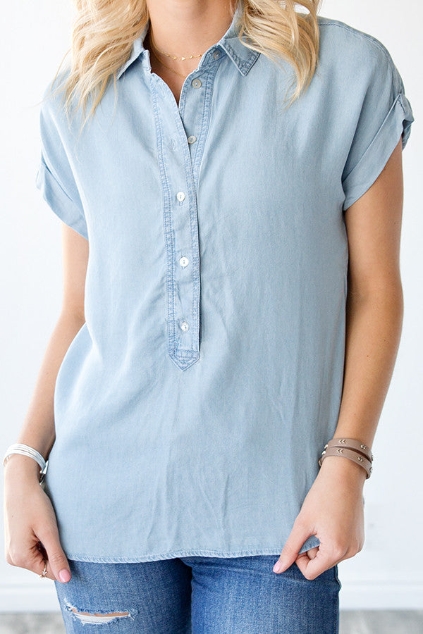 CHAMBRAY HALF BUTTON TOP