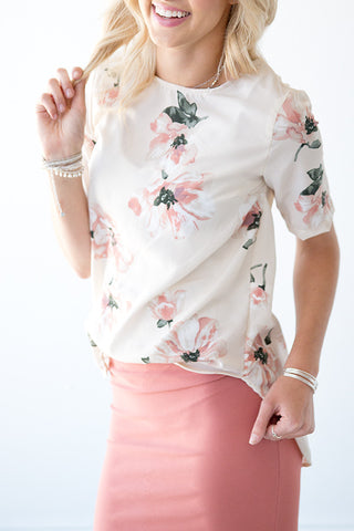 IVORY AND BLUSH FLORAL BLOUSE