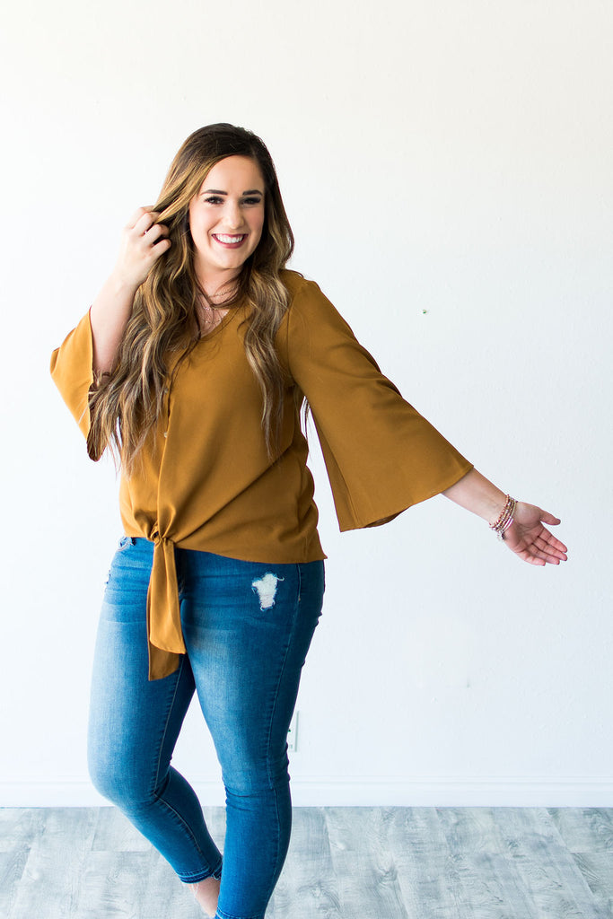 FAWN KNOT TOP | DARK CAMEL