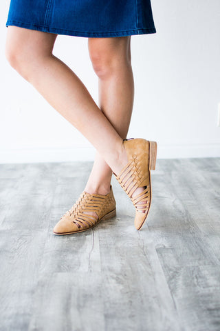 ELEANOR FLAT | TAN
