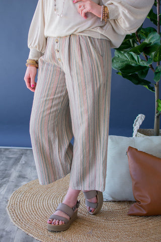 NO REGRETS STRIPED CROPPED PANTS