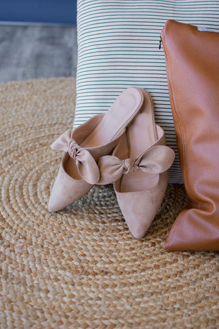 ADDELINE BOW FLAT | LIGHT TAUPE