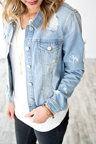 LIGHT WASH BLEACH STAIN DENIM JACKET