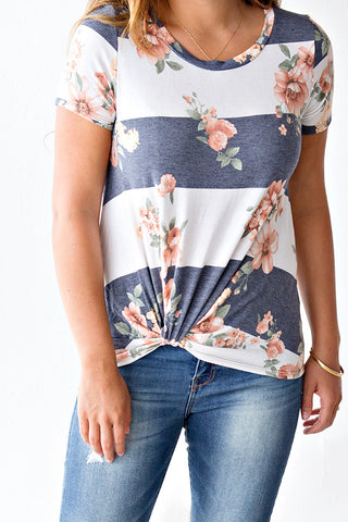 KYNLEE STRIPE AND FLORAL KNOT TEE | HEATHERED NAVY