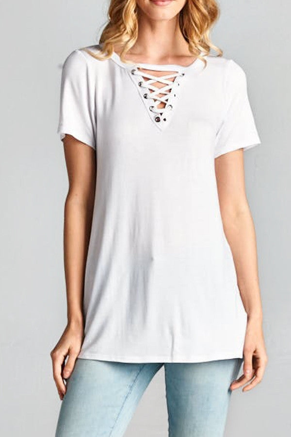 LACE UP DETAIL TEE | WHITE