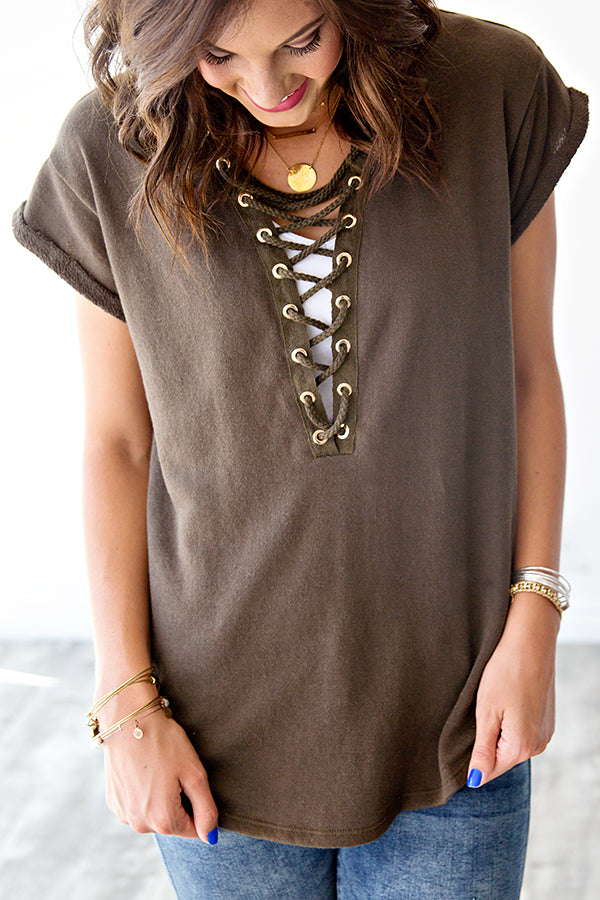 FRENCH TERRY LACE UP TEE | OLIVE