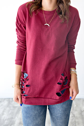 DISTRESSED PULLOVER | BURGUNDY