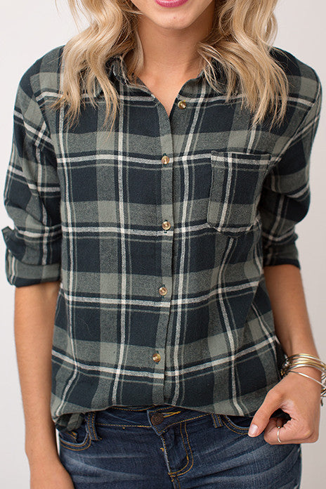 FOREST PLAID BUTTON UP TOP