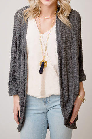 TEXTURED KNIT CARDIGAN W/ FOLDED SLEEVES  | CHARCOAL