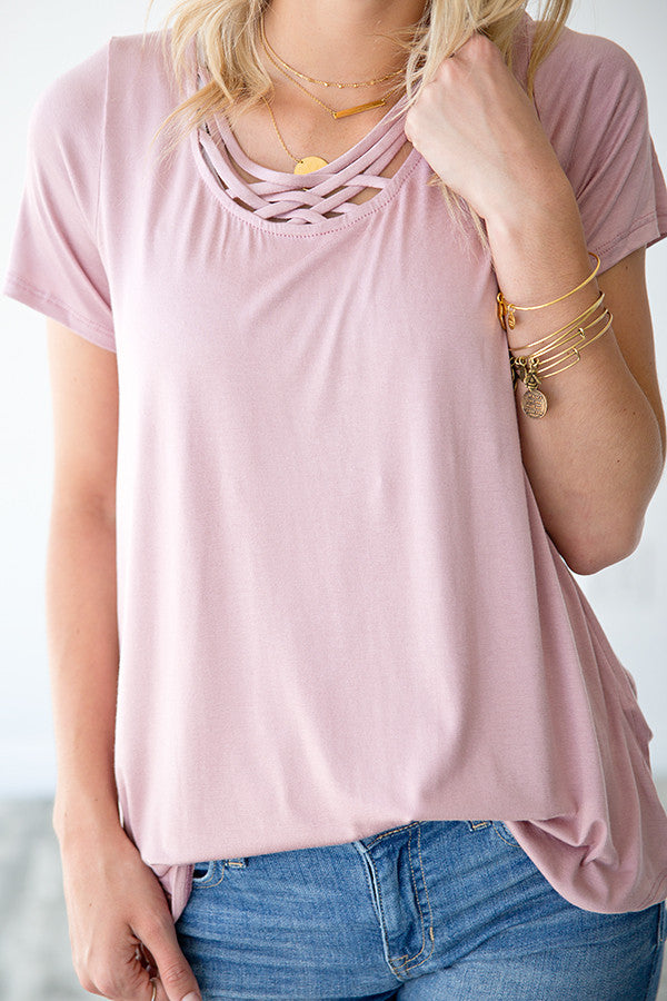 LOTTIE CRISS CROSS TEE | MAUVE