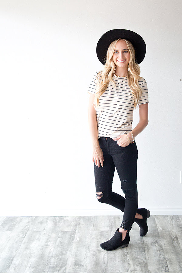 EASY COME EASY GO STRIPED TEE