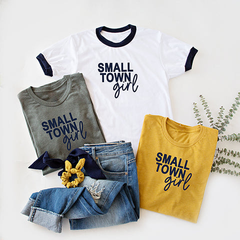 SMALL TOWN GIRL GRAPHIC TEE | 4 COLORS