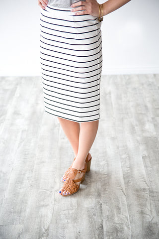 BLACK AND WHITE EVERY DAY STRIPED SKIRT
