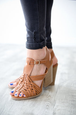 BLAKELY STRAPPY SANDAL | COGNAC