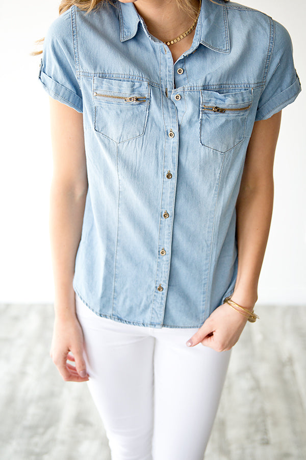 ZAYA CHAMBRAY ZIPPER POCKET TOP