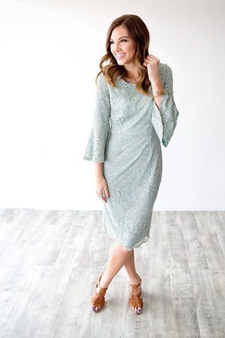 APRIL LACE DRESS BELL SLEEVE DRESS | SAGE MINT