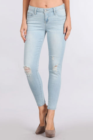 TANYA'S FAVORITE: LIGHT WASH DISTRESSED DENIM