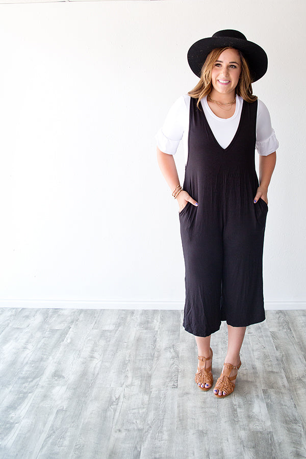 AMARA V NECK JUMPSUIT | BLACK