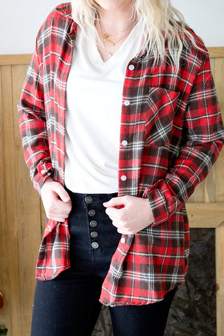 PLAID BUTTON FRONT TOP | RED