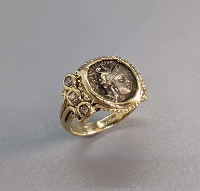 Athena, AR Diobol, 14kt Gold Ring with 3 Rose Cut Diamonds