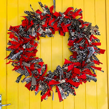 Load image into Gallery viewer, Holiday Chitenge Wreaths