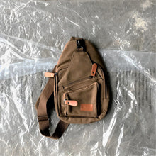 Load image into Gallery viewer, Felix Shoulder Bag