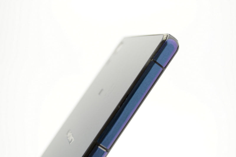 Sony Xperia Z2 purple blue