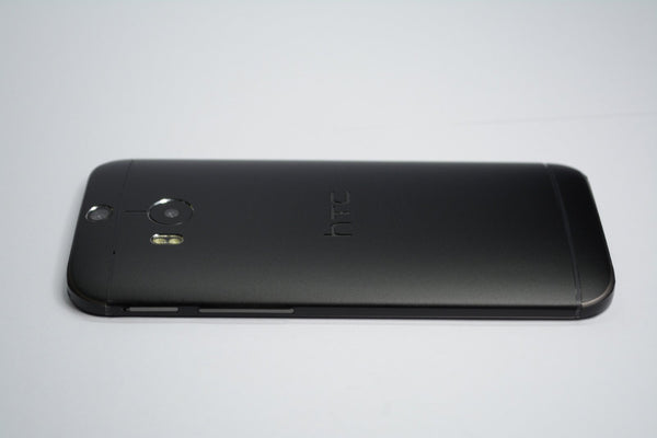 HTC One M8 black matt skin