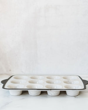 Structure Muffin Pan