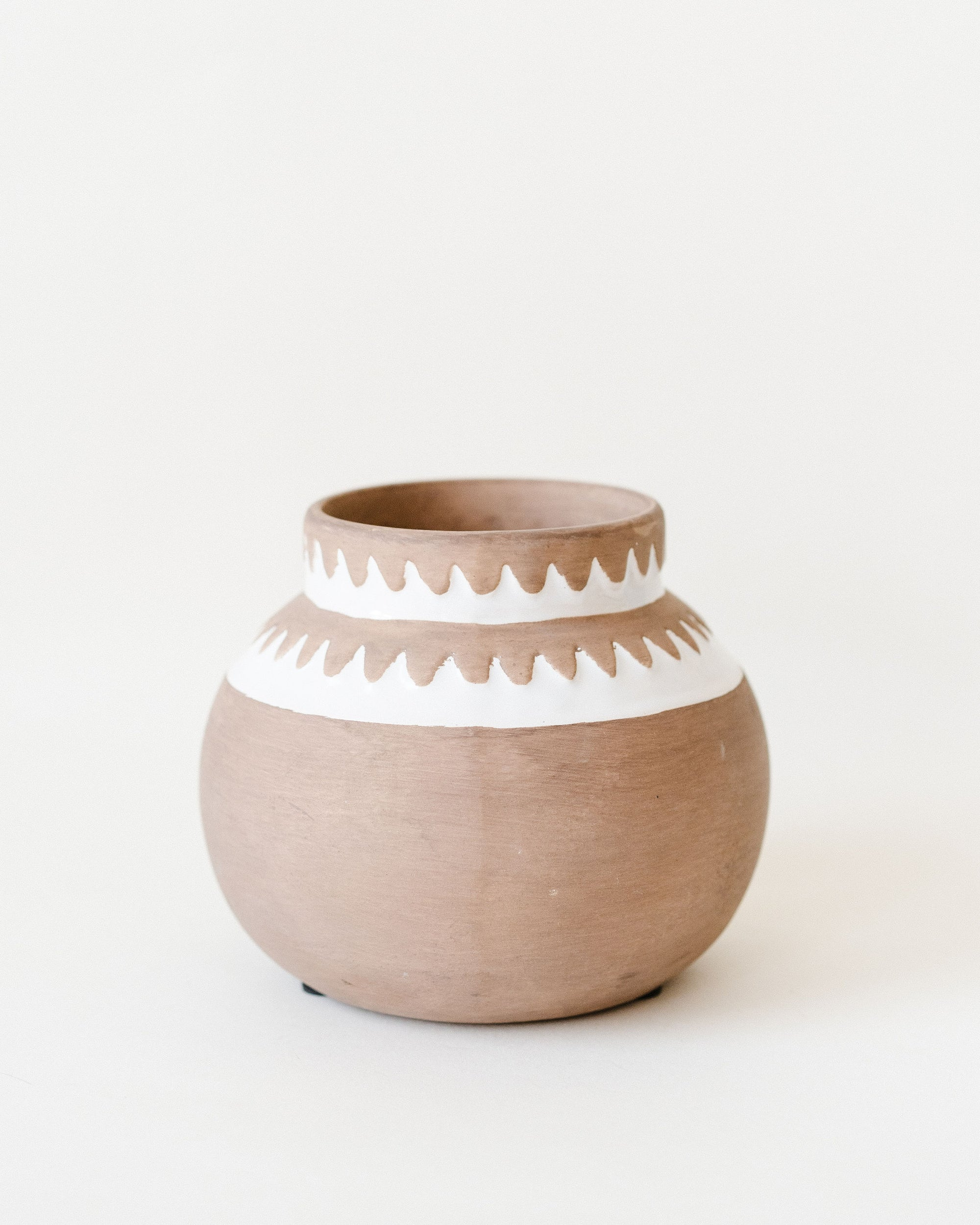 Terra-Cotta Pot w/ Pattern