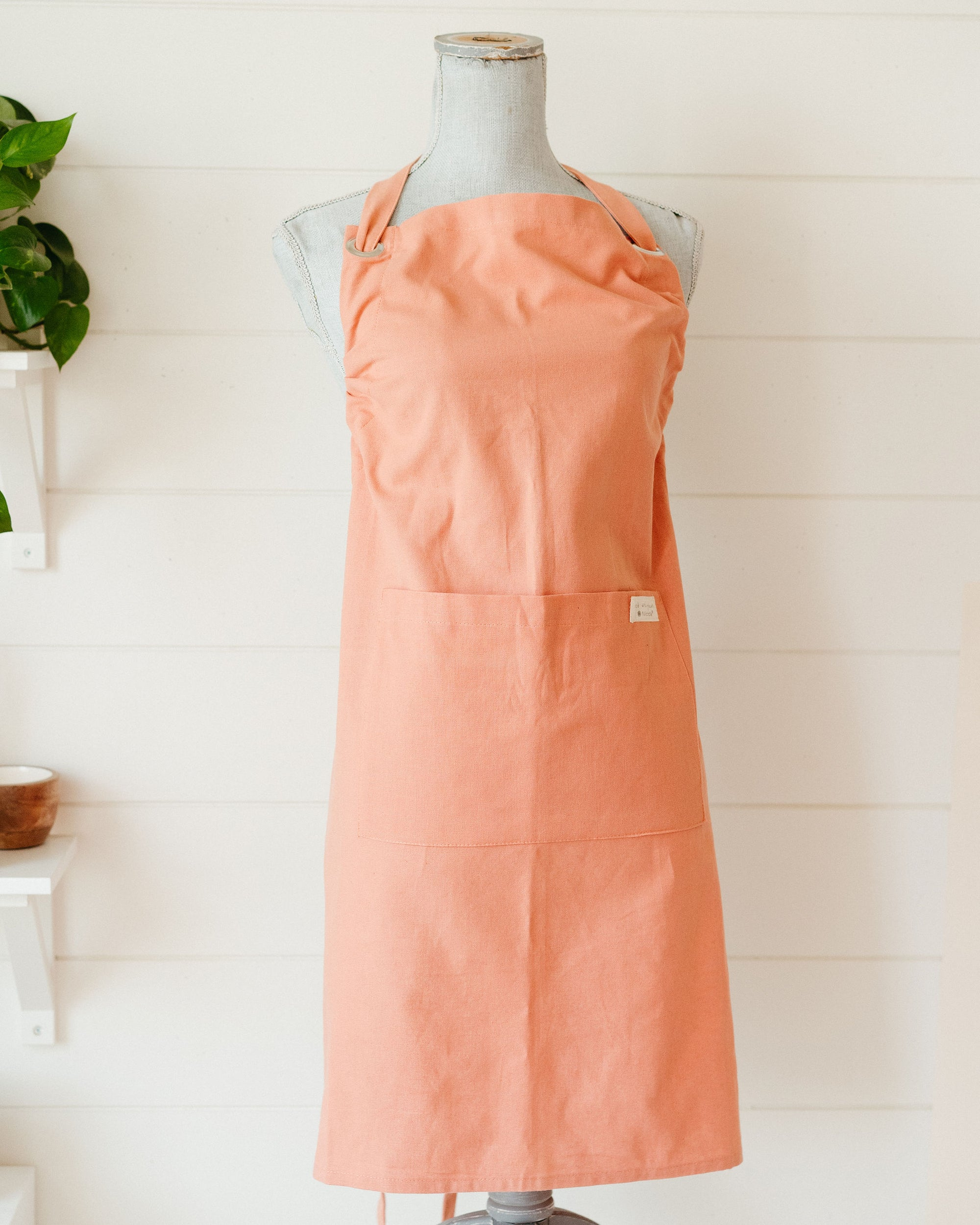 Kind Plant-Dyed Apron