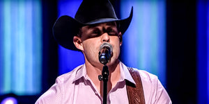 Aaron Watson Channels Kenny Rogers in This Must-See Opry Performance