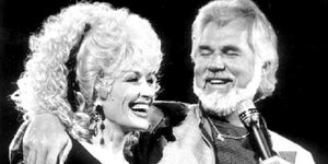 This Vintage Performance Reminds Us of Kenny Rogers & Dolly Parton's Awesome Musical Chemistry