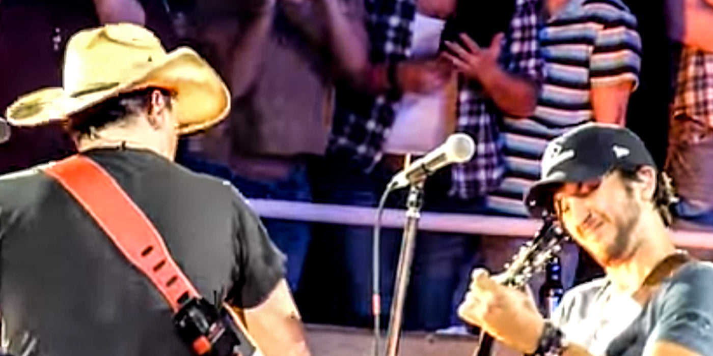 Jason Aldean and Luke Bryan Perform a Medley of Songs on Stage