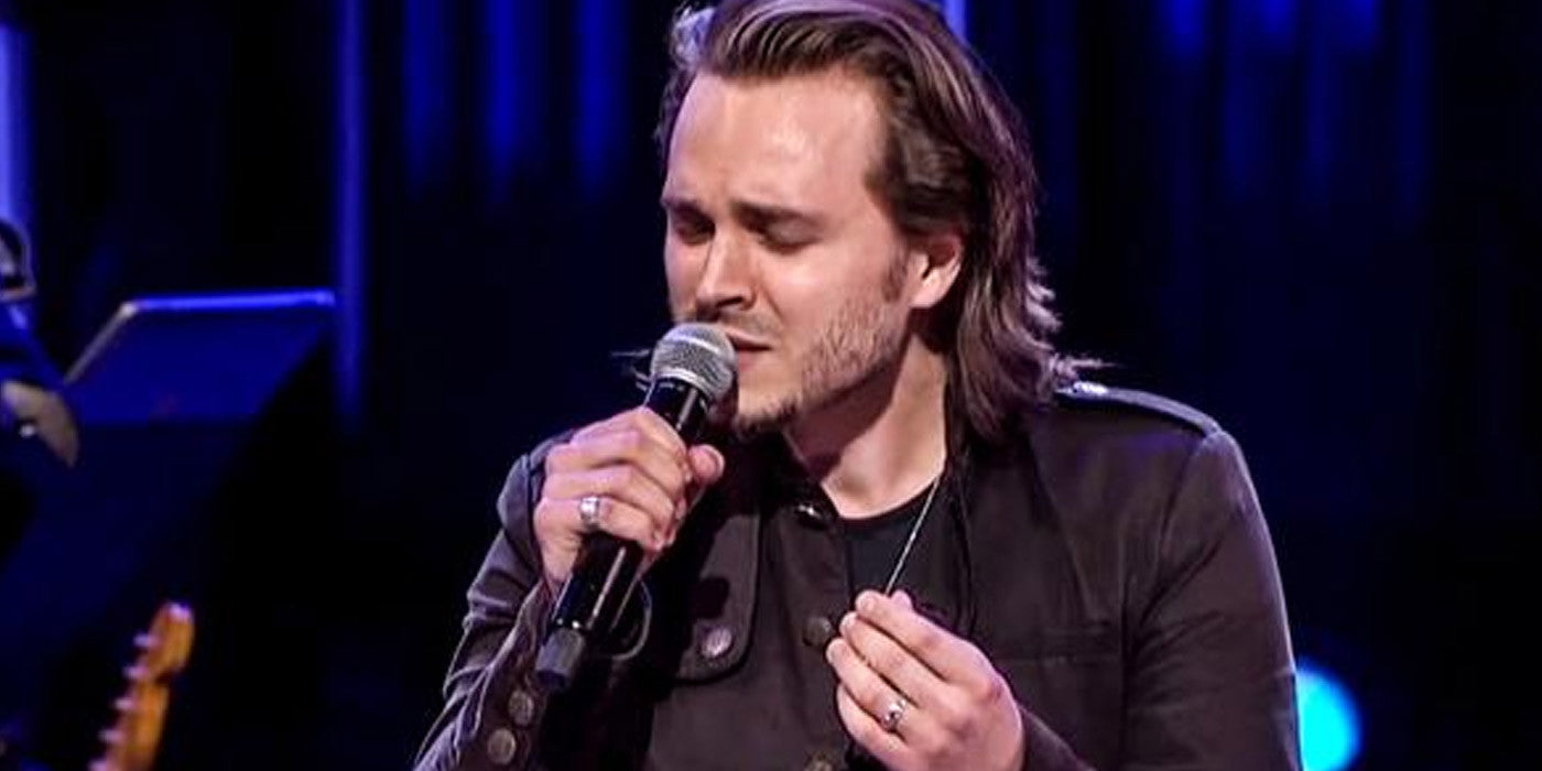 Good Luck Not Tearing Up Watching Jonathan Jackson Perform Unchained Melody