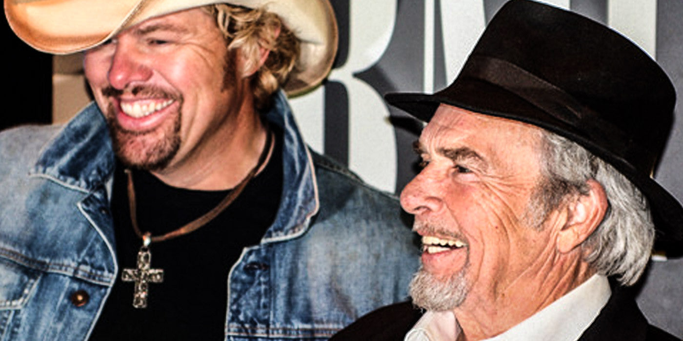 Toby Keith & Merle Haggard Show What a True Friendship Can Do Onstage