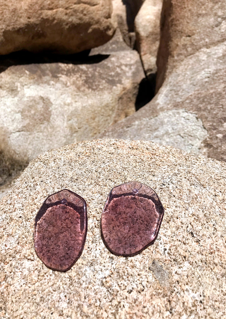 REFLECTION MAUVE EARRINGS