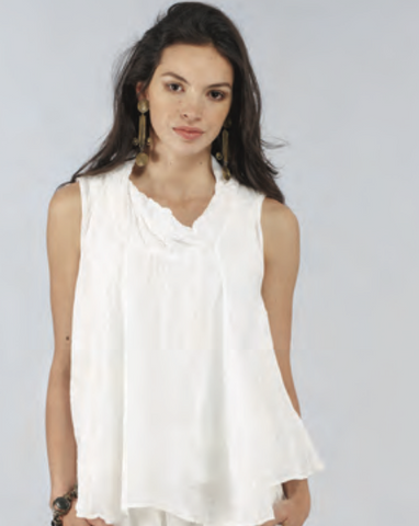 Soft, Sleeveless Blouse in Linen Gauze