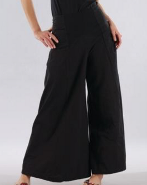 Wide Legged Pant in 100% Cotton